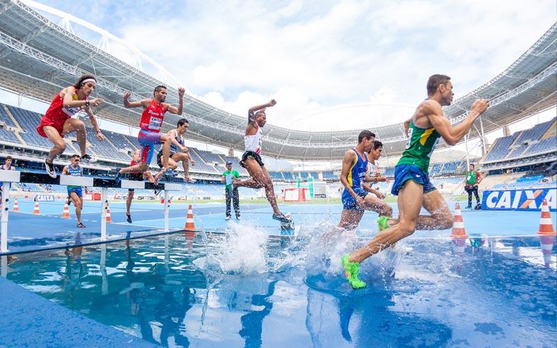 Leichtathletik | Hindernislauf im Leichtathletikstadion