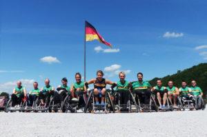 Teamfoto am Deutschen Eck in Koblenz