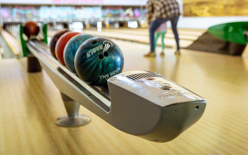 Sportberichte zum Thema Bowling