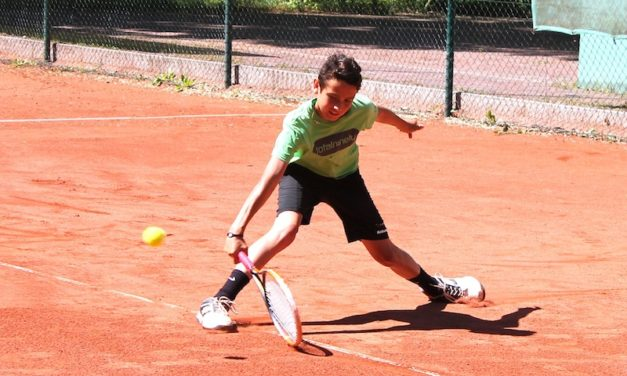 Tennis-Junioren kürten Landesmeister in Rostock