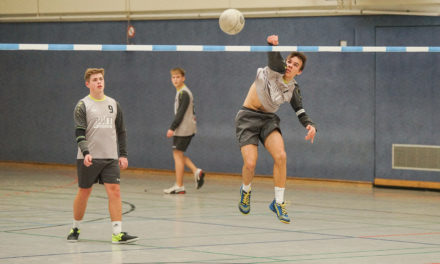 Faustball: DM-Ticket Nr. 3 für den GSC bei Ostdeutschen Meisterschaften U18m
