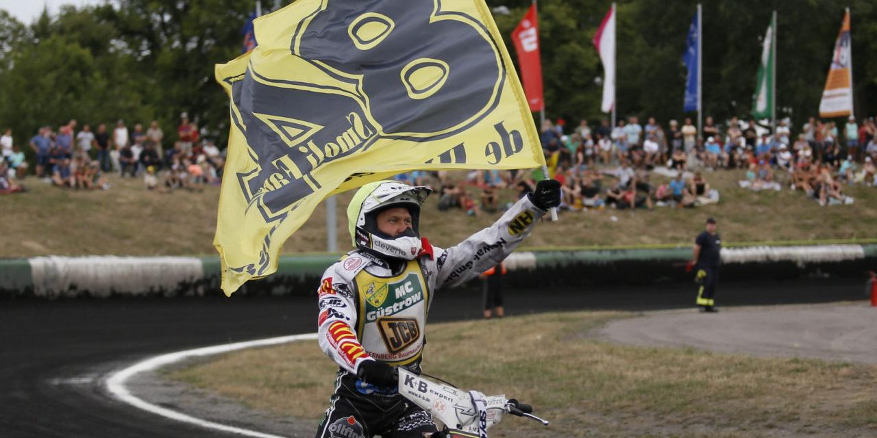 Martin Smolinski holt in Güstrow sechsten Meistertitel