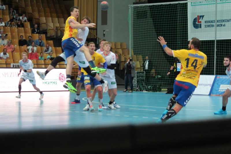 Stiere gewinnen gegen Magdeburg II mit 35:31