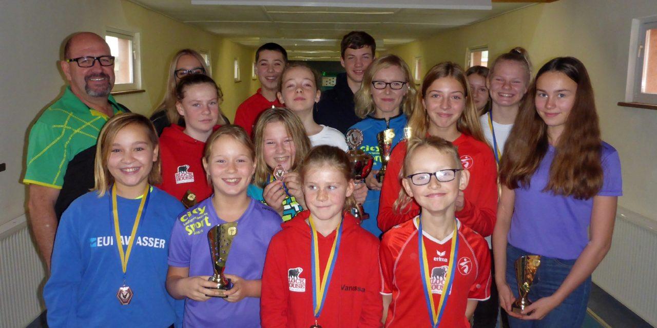 Erste Vereinsmeisterschaft der Kinder und Jugendlichen im Kegeln