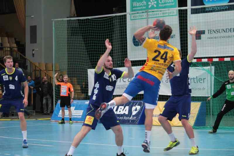 Stiere gewinnen gegen Rostock mit 26:25