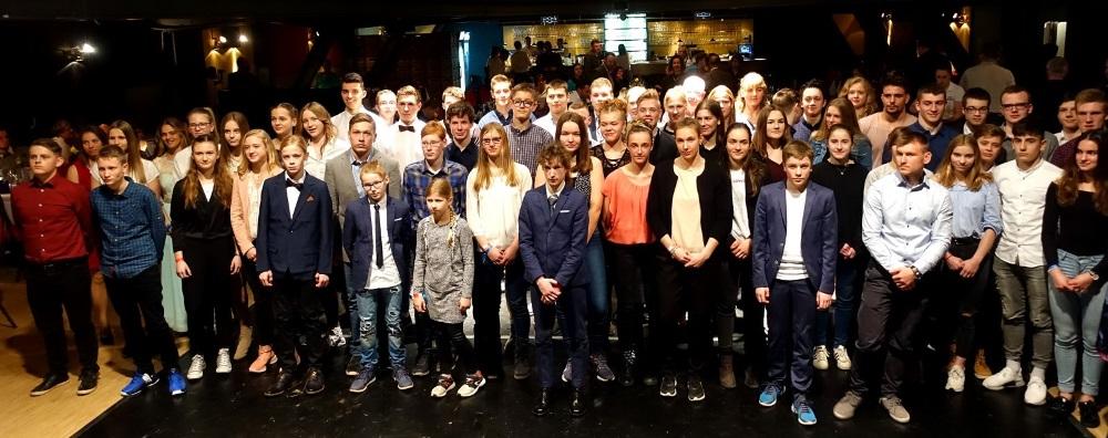 Erfolgreichste Nachwuchssportler*innen aus MV in Stralsund zu Gast