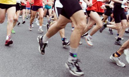 1345 Läuferinnen und Läufer beim 14.Schweriner Nachtlauf