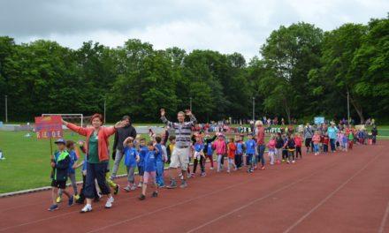 Fast 500 Kinder wetteifern bei Vorschulolympiade im Volksstadion