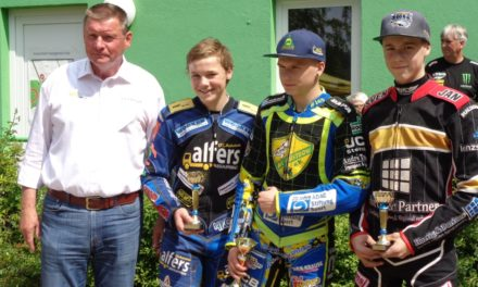 Jugend-Weltmeister dominiert in der Bergring-Arena