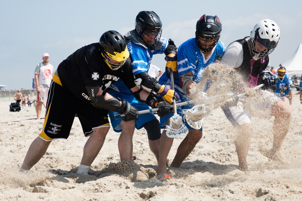 """LAX at the Beach"" Strand-Lacrosse-Turnier in der Sport Beach Arena Warnemünde. Foto: Pepe Hartmann"