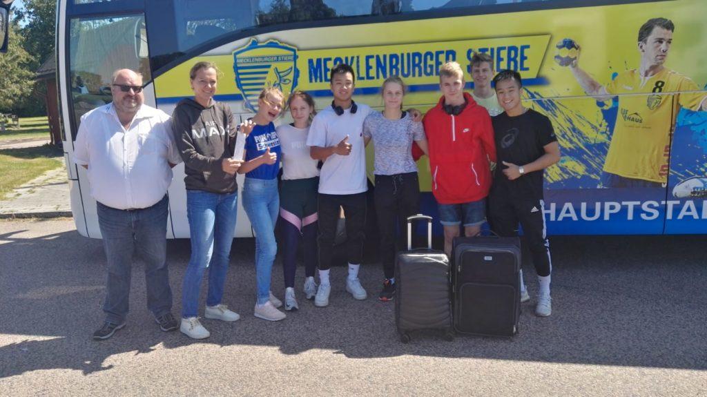 Auf dem Weg zu den XI. Baltic Sea Youth Games 2019 : Die Abfahrt der Ringer aus Schwerin (Foto: Alexander Goltz)