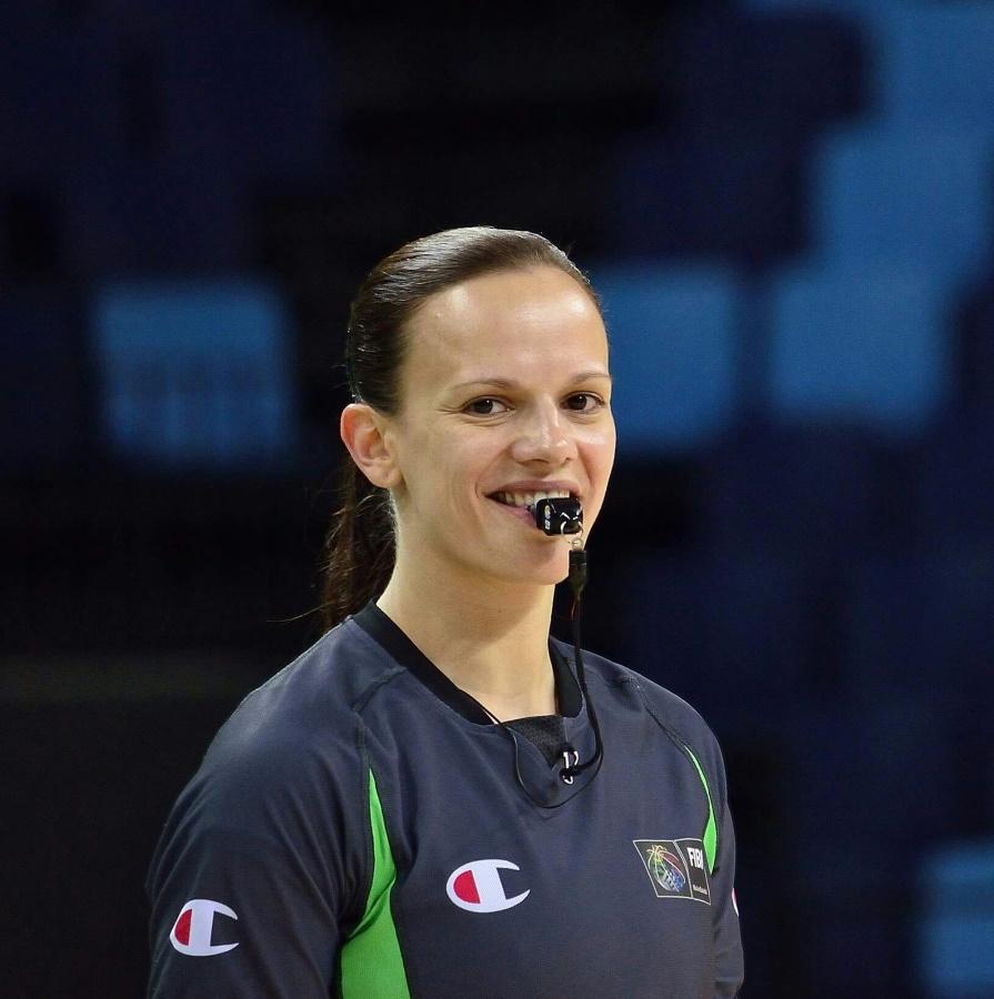 Anne Panther - Basketball Schiedsrichterin aus Rostock / Mecklenburg-Vorpommern im Interview