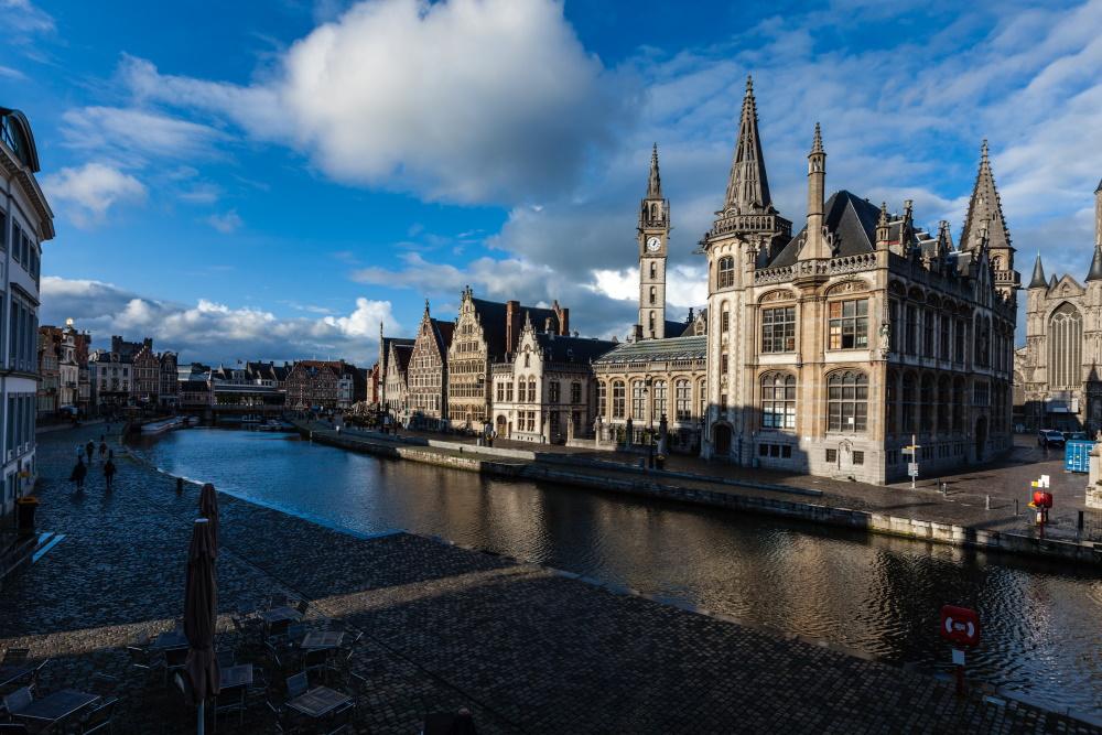 Die belgische Stadt Ghent war dieses Jahr Austragungsort der U23- und Junioren-Europameisterschaften in der Leichtathletik. Fotoquelle: envato elements