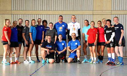 Handball meets Goalball: Gegenseitige Unterstützung