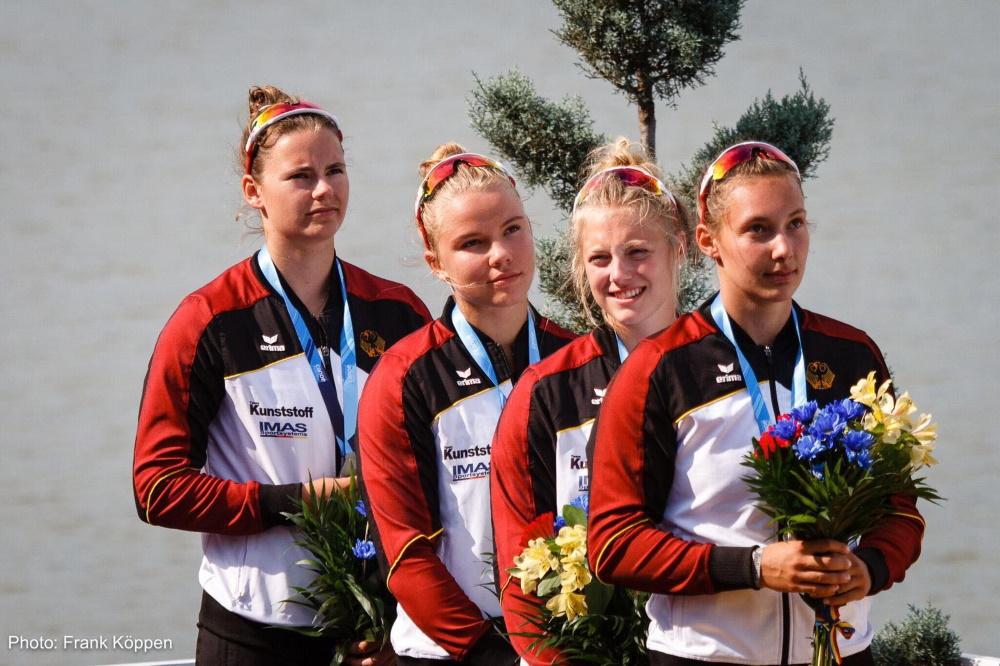 die 17-jährige Wiebke Glamm (Sportclub Neubrandenburg) im Vierkajak zusammen mit Svenja Hardy (KG Essen), Josefine Landt (SC Magdeburg) und Katharina Diedrichs (KC Potsdam). Foto: Frank Köppen