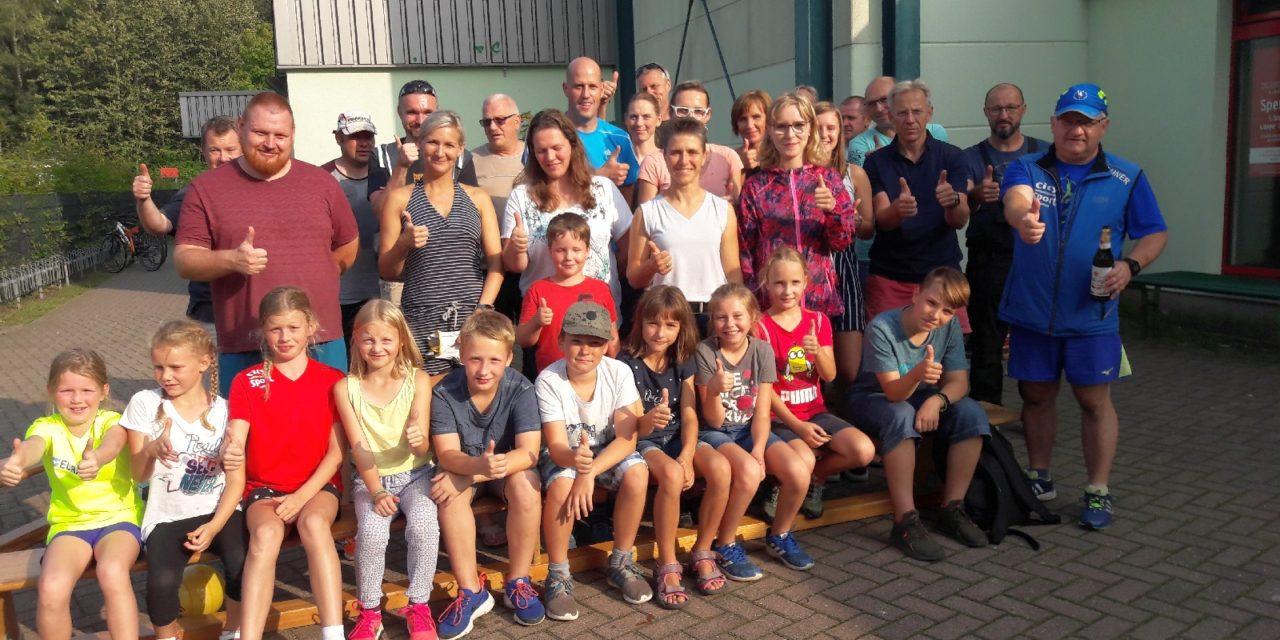 Laufsportler fegten durch den Stadtwald