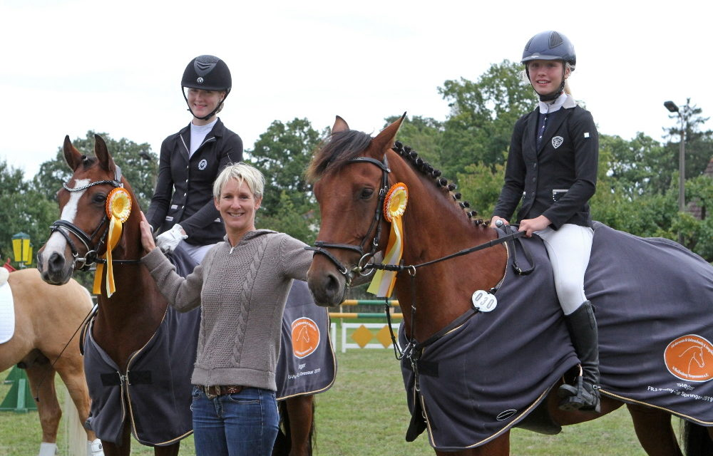 Betty Bünning & Emma Wiktor Siegerinnen im Fördervereinscup