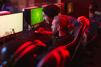 eSportler am Gaming-PC