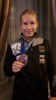 Ringerin Aline Rotter-Focken hält WM-Bronze in den Händen | Nach dem Kampf um Platz Drei in Nur-Sultan