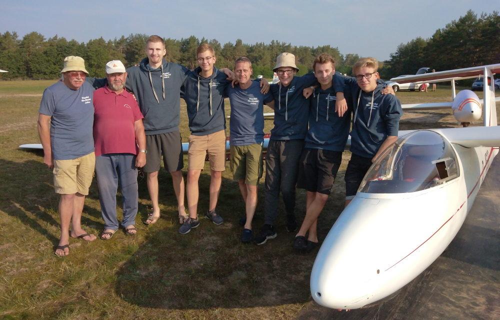 76 Starts beim Landesjugendvergleichsfliegen in Pinnow