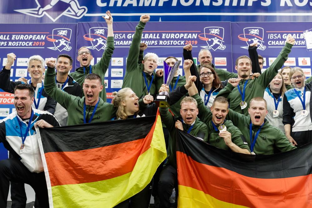 Medaillenjubel beim Team Deutschland Paralympics | Goalball Europameisterschaften 2019 in Rostock | Foto: Binh Truong / DBS