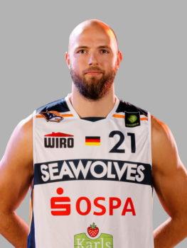 Michael Jost mit der Nummer 21 für die Rostock Seawolves | Basketball Bundesliga in der Hansestadt Rostock