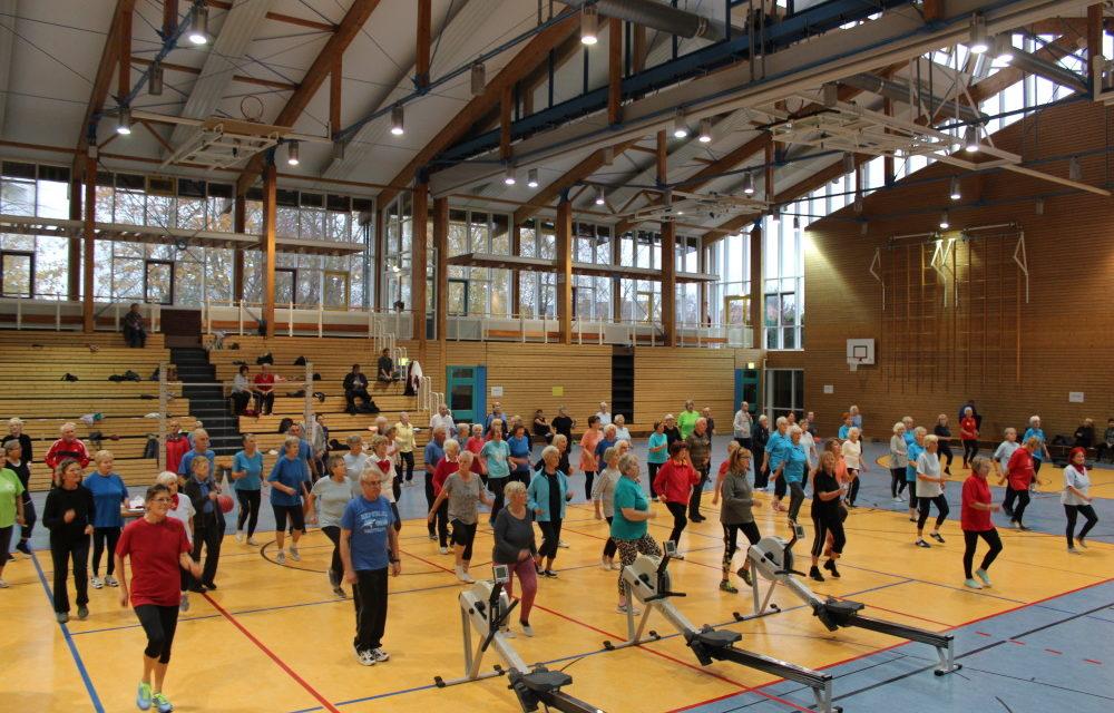 Senioren in Bewegung – Über 100 Teilnehmer in Stralsund