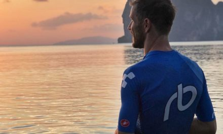 Michael Raelert gewinnt Pakmeng Triathlon