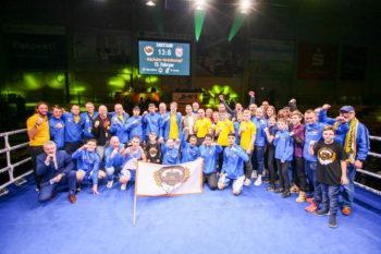 Mannschaftsbild - Foto: ©️- Boxclub TRAKTOR Schwerin