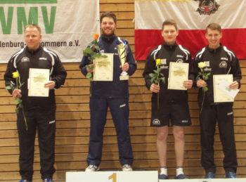 Tischtennis Landeseinzelmeisterschaften in Stralsund |Siegerehrung Herreneinzel. Foto: Siegfried Wellmann