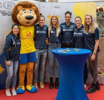 #schwerinklebt – Großes Finale der Stickerstars Aktion im Schlosspark-Center Schwerin | Foto: Eckhard Mai