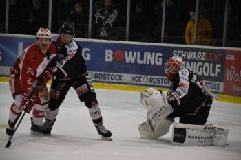 Rostock Piranhas machen ihr Tor dicht | Rostocker Eishockey Club - Foto: Susann Ackermann