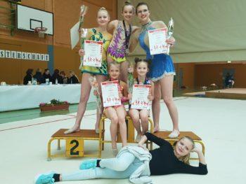 Bentwischer Gymnastinnen bei der Landesmeisterschaft in Schwerin. Foto: Petra Lorenz