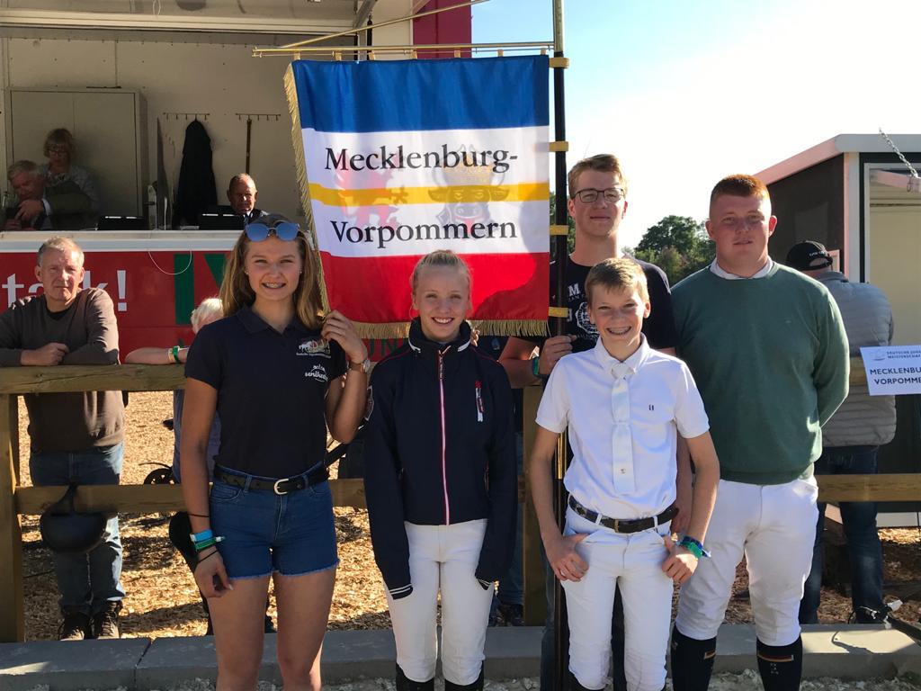 Team MV bei den Jugend-DM im Springreiten