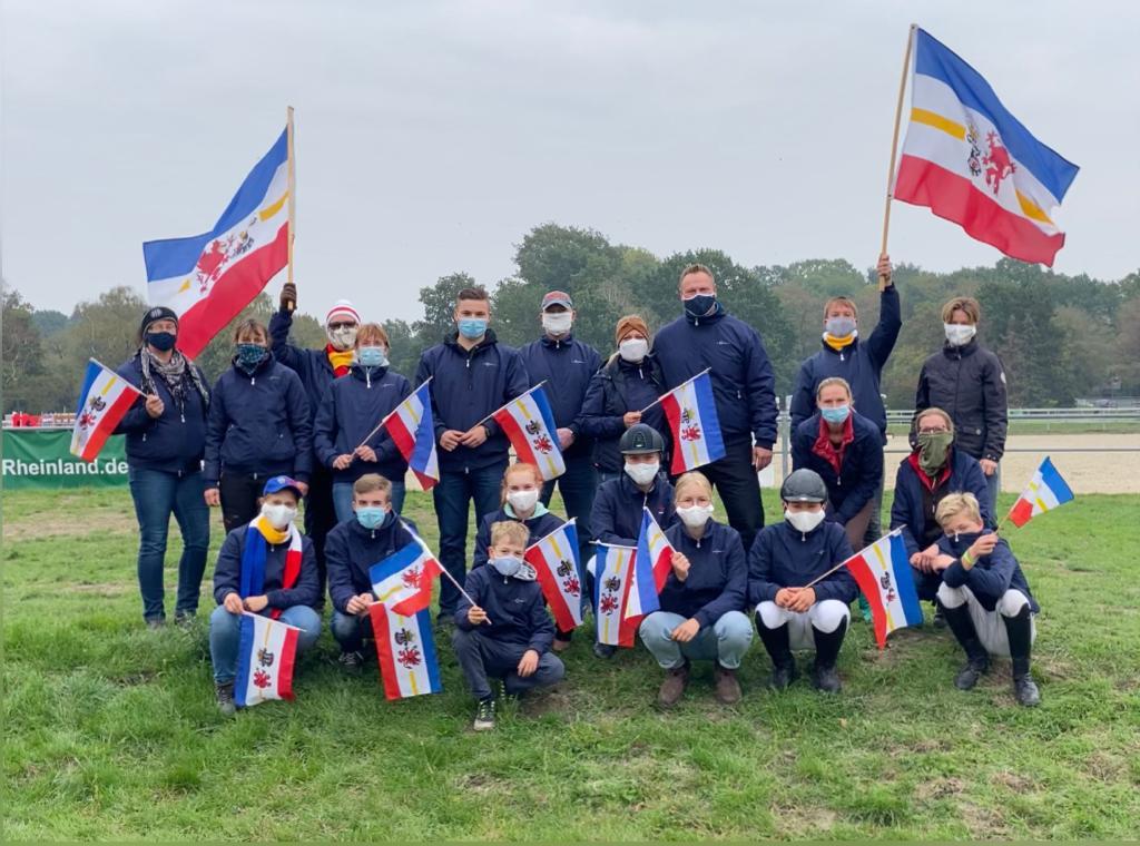 Mannschaften aus Mecklenburg-Vorpommern für die Goldene Schärpe Pferde 2020 in Langenfeld. Foto: © Vielseitigkeitsfreunde aus MV