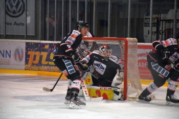 Die Piranhas in Aktion | Rostocker Eishockey Club