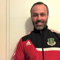 Kurz vor Weihnachten spendete der Schweriner Dietmar Tackmann, aktiver Schiedsrichterbeobachter im Landesfußballverband Mecklenburg-Vorpommern e.V., seine komplette Schiedsrichterausrüstung für Afrika.
