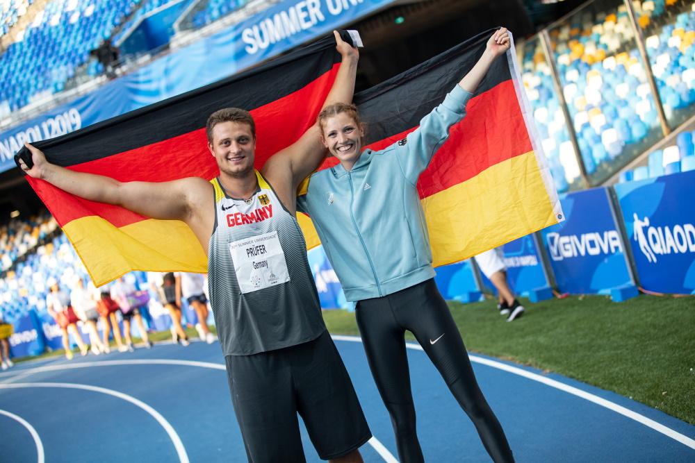 Auch 2025 sollen sich deutsche Sportlerinnen und Sportler wie 2019 in Neapel Imke Onnen (Hochsprung) und Henning Prüfer (Diskuswurf) über Medaillen freuen © Arndt Falter