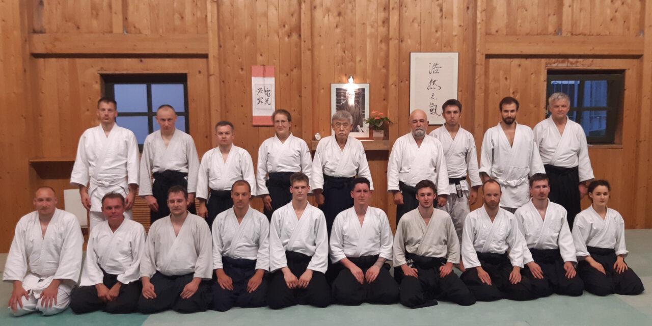 Aufregender Kampfkunstlehrgang mit Toshiro Suga Shihan – funktionelles Aikido und knackige Waffenarbeit