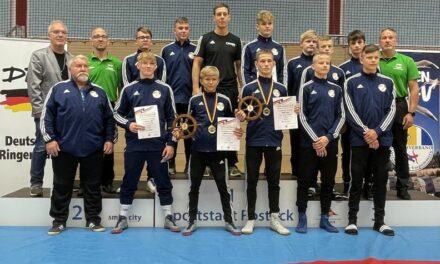 Gold und Silber für MV-Ringer bei Deutschen Meisterschaften in Warnemünde