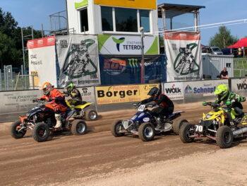 Quads beim 3. Wertungslauf zur Deutschen DMV Quad und Speedkart Meisterschaft gab es in der Teterower Speedway Arena   Foto Lennart Ruge