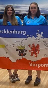 Florentine Burmeister und Maike Poblenz gewannen im Doppel bei den Juniorinnen den Deutschen Meistertitel.