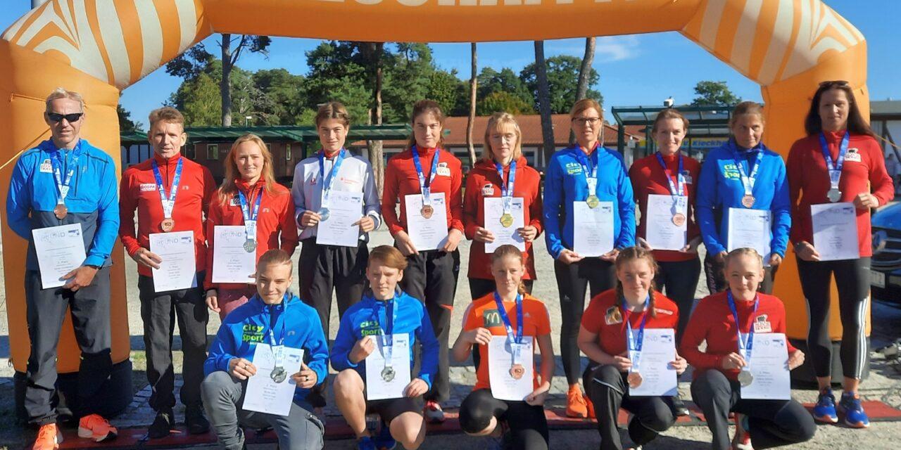 Laager Läufer belohnten sich selbst für hartes Training – 15 x Edelmetall